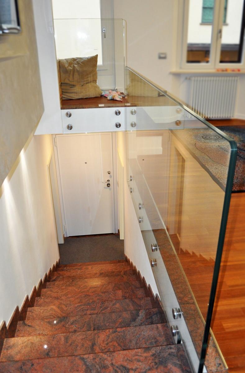 Parapetti In Vetro Per Interni parapetti per scale e terrazzi